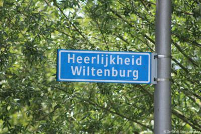Op het erf van Hoeve Wiltenburg zijn recentelijk 5 nieuwe woningen gerealiseerd. Zie daarvoor het hoofdstuk Bezienswaardigheden. Om de rijksmonumentale toegangspoort te ontzien is er een onverhard pad naartoe aangelegd genaamd Heerlijkheid Wiltenburg.