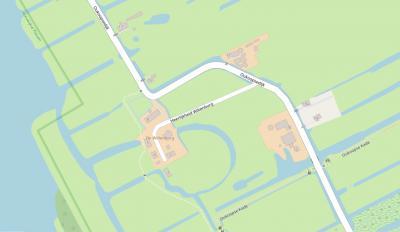 Op het erf van boerderij Wiltenburg in Oukoop zijn recentelijk 5 nieuwe woningen gerealiseerd. Om de rijksmonumentale toegangspoort van de boerderij te ontzien is voor de ontsluiting van de nieuwe woningen het pad genaamd Heerlijkheid Wiltenburg aangelegd