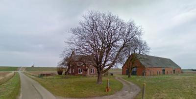 Buurtschap Perkpolder was al klein, en door de recente afbraak van de twee boerderijen aan de Perkstraat is de buurtschap nog kleiner geworden. Deze boerderij stond in het N van de Perkstraat.