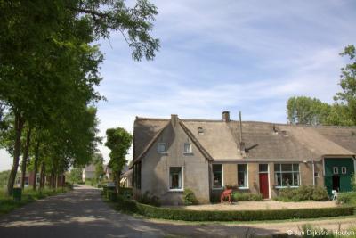 Nog een monumentale boerderij in buurtschap Giessen