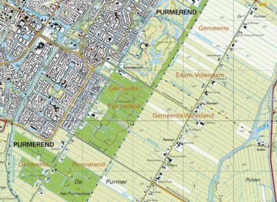 In een latere editie verdwijnt de plaatsnaam Purmer weer. Rond 1980 verschijnt op kaarten ter plekke de plaatsnaam Purmerbuurt, en verschuift de plaatsnaam Purmer naar de verticale lintbebouwing O van Purmerbuurt rond de Oosterweg.
