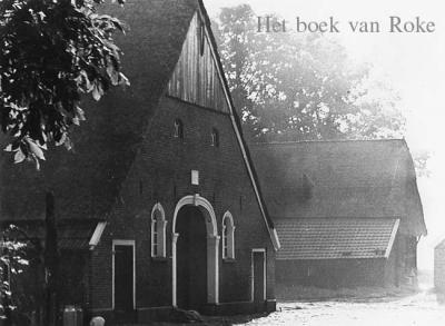 Wie echt álles van Radewijk wil weten, van 'in den beginne' tot heden, kan zich uitleven met het in 1999 verschenen standaardwerk van 280 pag. met meer dan 400 foto's 'Het boek van Roke'.