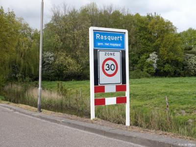 Rasquert is een dorp in de provincie Groningen, in de streek Hoogeland, gemeente Het Hogeland. T/m 1989 gemeente Baflo. In 1990 over naar gemeente Winsum, in 2019 over naar gemeente Het Hogeland.