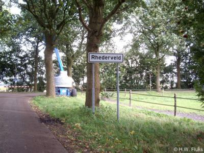Rhederveld, plaatsnaambord aan de Bellingwedder kant