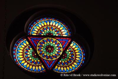 Rijckholt, RK kerk Onze Lieve Vrouwe Onbevlekt Ontvangen, glas-in-loodramen
