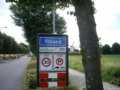 Rilland is een dorp in de provincie Zeeland, in de streek Zuid-Beveland, gemeente Reimerswaal. Het was een zelfstandige gemeente t/m 1877. In 1878 over naar gemeente Rilland-Bath, in 1970 over naar gemeente Reimerswaal.