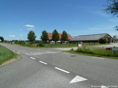 Buurtschap Ruurlosebroek omvat een omvangrijk grondgebied met louter verspreid gelegen panden (doorgaans boerderijen). Dit is er een van.
