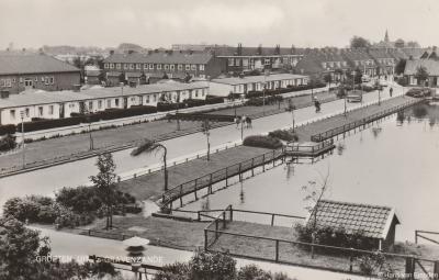 's-Gravenzande, ansichtkaart met dorpsgezicht anno ca. 1960