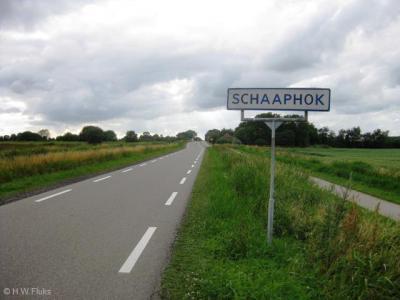 Plaatsnaamverklaringen liggen lang niet altijd voor de hand. Soms is dat wél het geval, zoals bij de buurtschap Schaaphok, die inderdaad naar een schaaphok (schaapskooi) is genoemd.