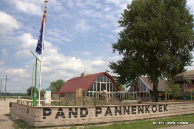 Ook Schalkwijk heeft nu zijn toeristisch overstappunt met een mooie informatiezuil over alles wat er is te zien op het Eiland van Schalkwijk.