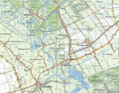 In 1952 begint men met de aanleg van het nieuwe, huidige dorp Scheerwolde, aan de andere kant van Wetering, in het gebied Wetering-Oost. Op 1 juli 1953 wordt het dorp door koningin Juliana officieel 'geopend'. (© Kadaster)