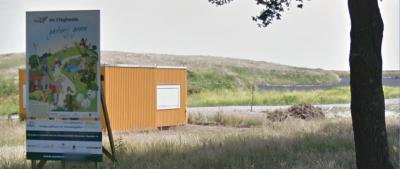 De voormalige vuilstort op de Vlagheide is in 2016 gesaneerd (afgedicht). Het gebied wordt herbestemd tot golfbaan en recreatiegebied.