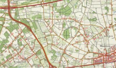 Buurtschap Schoorveld ligt in de NW uithoek van het dorpsgebied van Maasbree, en grenst in het N aan de A67 en in het W aan de N277. (© www.kadaster.nl)