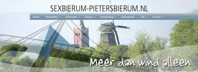 Kennelijk is het nogal winderig in de dorpen Sexbierum en Pietersbierum, gezien de ligging aan het wad én gezien hun slogan op de gezamenlijke dorpssite.
