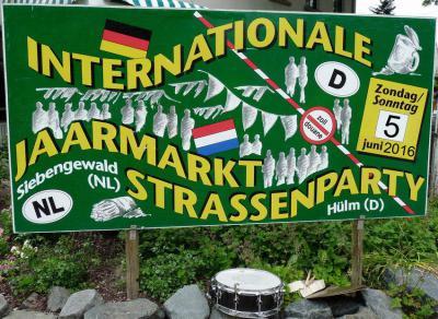 De Internationale Jaarmarkt/Strassenparty in Siebengewald en het Duitse buurdorp Hülm (op de 1e zondag van juni) is ruim 1,5 km lang. Er is livemuziek en er zijn ook attracties voor de kinderen.