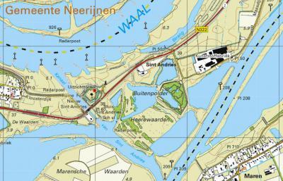 Buurtschap Sint Andries bij het dorp Heerewaarden is genoemd naar het gelijknamige fort. De buurtschap ligt aan het Kanaal van Sint Andries, dat de rivieren Waal en Maas met elkaar verbindt. (© Kadaster)