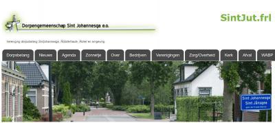 Sintjohannesga werd tot tamelijk recent nog als twee woorden geschreven (zoals alle andere plaatsen die met Sint beginnen). En de volksmond is Sint Jut. Op de dorpssite zie je al deze namen/spellingen bij elkaar.