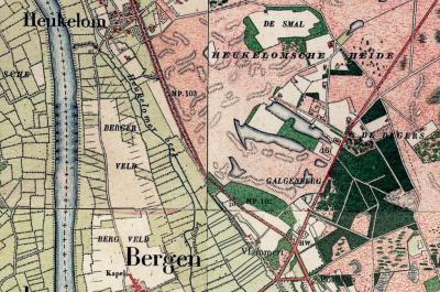 Op deze kaart zie je de veldnaam De Smal, waar buurtschap Smal kennelijk later naar is genoemd. De buurtschap als zodanig bestaat dan al wel, maar is althans volgens deze kaart kennelijk dan nog naamloos. (© https://www.kadaster.nl/)