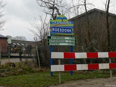 Soerendonk heet tijdens carnaval Roesdonk, naar de overkoepelende carnavalsvereniging van het dorp, de in 1961 opgerichte CV De Roesdonkers.
