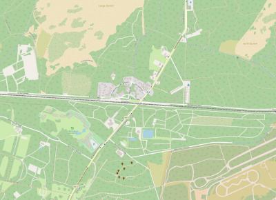 Soestduinen is een buurtschap Z van het dorp Soest, met centraal in het gebied de kern van de buurtschap, NW ervan de Lange Duinen, NO ervan de Korte Duinen en ZW ervan Landgoed De Paltz. (© OpenStreetMap)