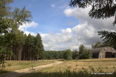 Het is nu rust en ruimte alom op de voormalige Vliegbasis Soesterberg.