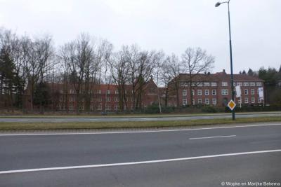 Soesterberg, de markante gebouwen van voormalig klein seminarie Kontakt der Kontinenten en voormalig klooster Cenakel, tegenwoordig beide conferentieoord