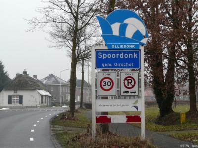 Spoordonk is een dorp in de provincie Noord-Brabant, in de regio Zuidoost-Brabant, en daarbinnen in de streek Kempen, gemeente Oirschot. Tijdens carnaval heet het dorp Olliedonk.