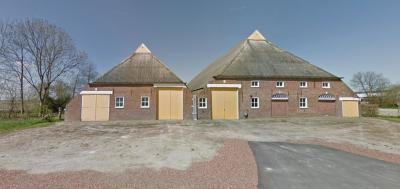 De oude boerderij Wilkemaheerd in Startenhuizen vlak voor de afbraak in 2016 (© Google StreetView)