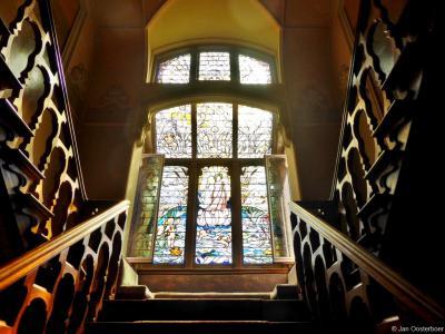 Villa Rams Woerthe in Steenwijk is tegenwoordig als museumhuis te bezoeken. Een aanrader. Je kijkt je ogen uit, o.a. naar deze prachtige glas-in-loodramen.