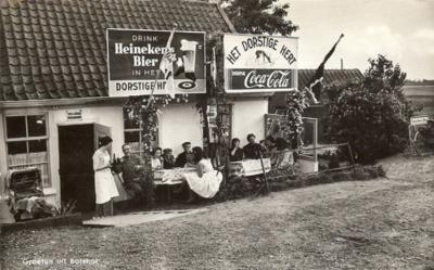 Stokkelaarsbrug, Café Het Dorstige Hert. De aanduiding 'Botshol' op de kaart is curieus, want o.i. stond dit café aan de W kant, dus aan de weg Waver onder het dorp Ouderkerk aan de Amstel. Botshol ligt aan de O kant van de Waver en valt onder Abcoude.