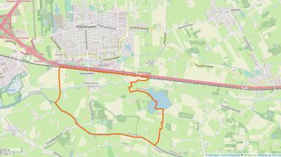 In 1998 is het NO buitengebied van Stoutenburg - rond de Koedijkerweg, binnen de oranje lijn op deze kaart - middels een grenscorrectie overgegaan van de gemeente Leusden naar de gem. Amersfoort. (© van deze kaart en die hierboven: www.openstreetmap.org)
