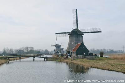 Strijkmolens bij Rustenburg, nieuwe situatie 2012. De uitgebaggerde molensloot en de bruggetjes