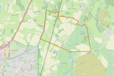 Het kleine, compacte dorp Taarlo ligt direct NO van Assen, tussen Oudemolen in het N, Gasteren in het O, Balloërveld en Loon in het Z, en Ubbena en Rhee in het W. (© www.openstreetmap.org)