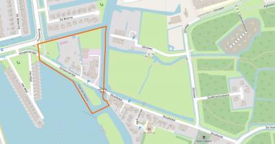Dit is de hele buurtschap Teerns (het betreft het grondgebied binnen de oranje lijn), gelegen direct NW van en een tweelingkern vormend met buurdorp Hempens. Vroeger was het een dorp en beduidend groter dan nu. Zie daarvoor het hoofdstuk Geschiedenis.