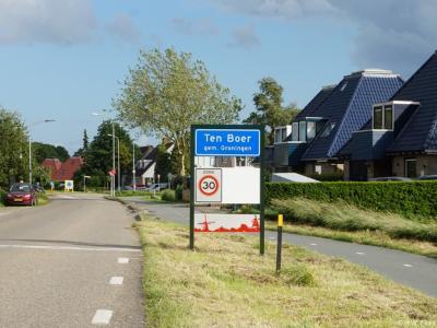 Ten Boer is een dorp in de provincie Groningen, gemeente Groningen. Het was een zelfstandige gemeente t/m 2018.