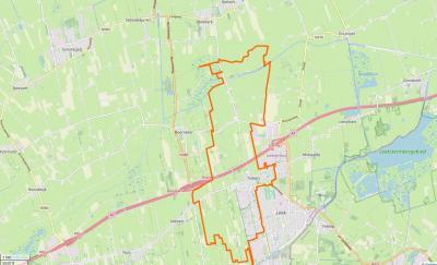 Het dorp Tolbert is in het O vastgegroeid aan het dorp Leek. Het dorpsgebied grenst in het ZW aan Zevenhuizen, in het W aan Niebert, in het N aan Niekerk en Oldekerk en in het NO aan Enumatil en Midwolde. (© www.openstreetmap.org)