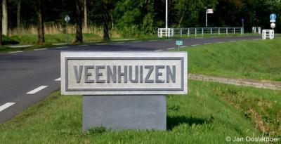 Veenhuizen is een dorp in de provincie Drenthe, gemeente Noordenveld. T/m 1997 gemeente Norg.