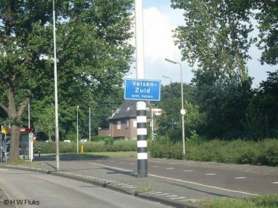 Velsen-Zuid is een dorp in de provincie Noord-Holland, in de streek Kennemerland, gemeente Velsen.