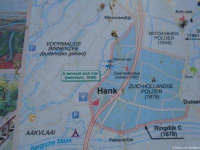 De Zuid-Hollandse Polder, waar onder meer het dorp Hank en de buurtschap Vierbannen in liggen, dateert uit 1678.