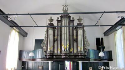 Vierhuizen, ook het orgel van de Hervormde kerk is in 2007 gerestaureerd