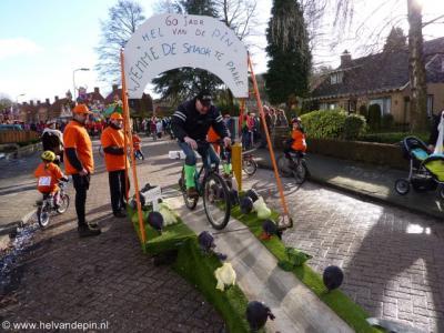 Buurtvereniging De Vleet stal de show tijdens de carnavalsoptocht 2013 in Mastepinneland (= Wouwse Plantage) met een mobiele Kolenbaan, dé scherprechter in het parcours van de jaarlijkse wielerwedstrijd Hel van de Pin.