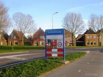 Vollenhove is een stad en voormalige gemeente in de provincie Overijssel, in de streek Kop van Overijssel, gemeente Steenwijkerland.