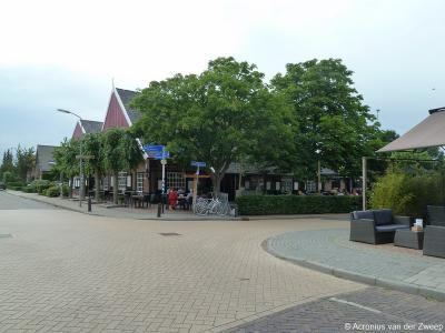 Na het bekijken van de hierboven beschreven 3 parels van het dorp Vragender kun je op dit terrasje even bijkomen van alle indrukken.