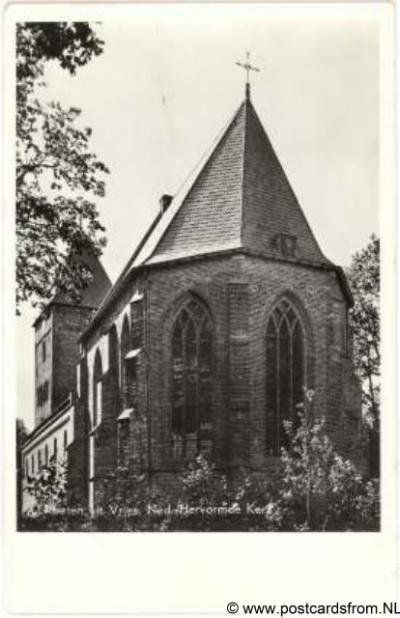 Vries, de NH kerk 1959. De kerk dateert grotendeels uit de 12e eeuw.