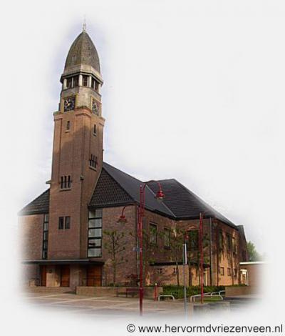 Vriezenveen, de Hervormde Grote Kerk dateert oorspronkelijk uit 1801 en is nadien diverse keren grondig verbouwd, uitgebreid en gerestaureerd.