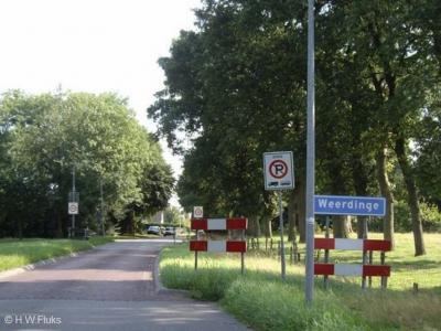 Weerdinge is een dorp in de provincie Drenthe, gemeente Emmen.