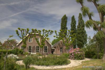 """Boerderij """"Rhynzigt"""" in de buurtschap Weijland aan de Oude Rijn, niet ver van Bodegraven"""