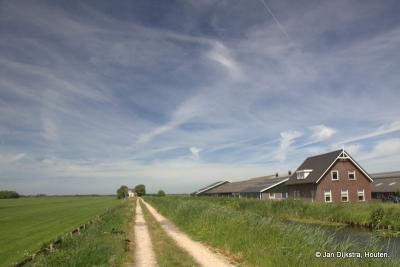 We kijken ver de polder in bij de buurtschap Weijland