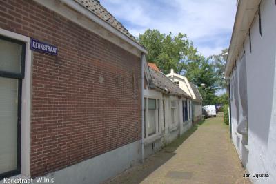 De Kerkstraat in Wilnis