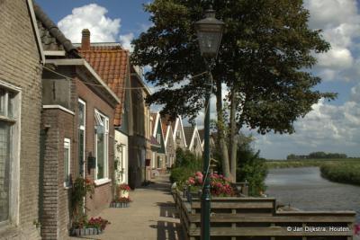 Winsum, aan de Franeker Vaart